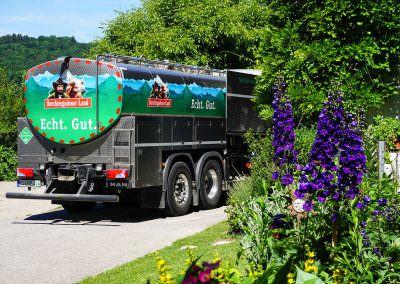 Biomilch direkt vom Hof